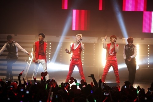 JYJ Wraps Up Successful 15-City World Tour