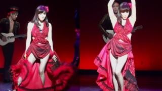 girls-generations-tiffany-in-fishnet-stockings-make-fans-go-wild_image