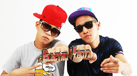 new-hiphop-duo-electroboyz-release-the-phone-call-is-coming-mv_image
