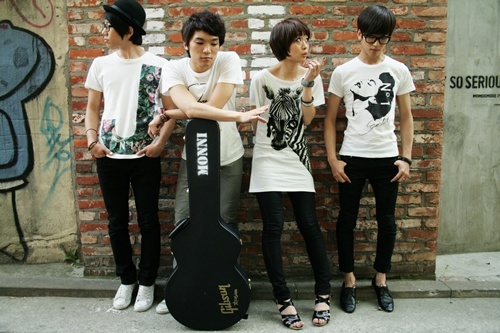 modern-rock-band-monni-releases-sophomore-album-in-five-years_image