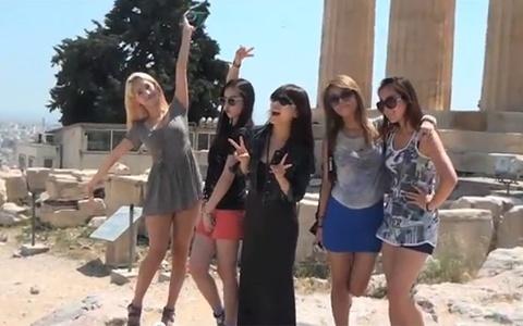 the-wonder-girls-shine-in-greece_image
