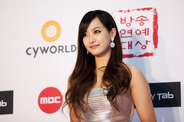 Victoria vs Kim Yu Na?