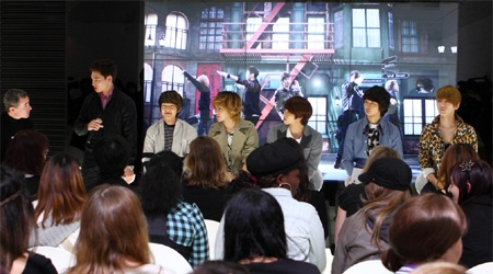 french-newspaper-le-monde-interviews-shinee_image