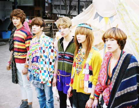 who-does-shinee-want-to-kiss_image