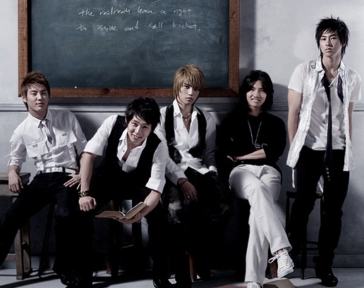 dbsk-were-able-remake-balloons-by-giving-signed-cds_image