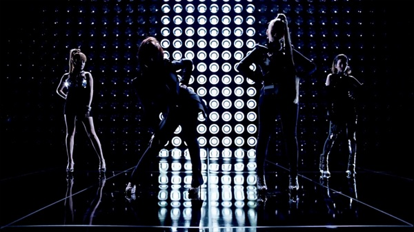 2ne1-further-proves-that-they-are-the-best-1_image