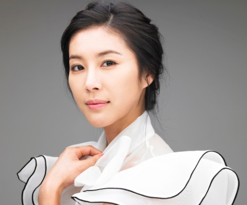 chinese-news-media-stirs-up-korean-actresses-plastic-surgery-rumor-again_image