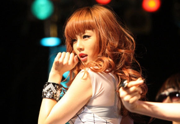 hyuna-shows-her-innocent-beauty-in-old-photos_image