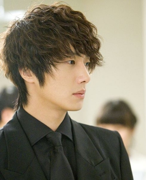 49-days-jung-il-woo-spotted-in-canada_image