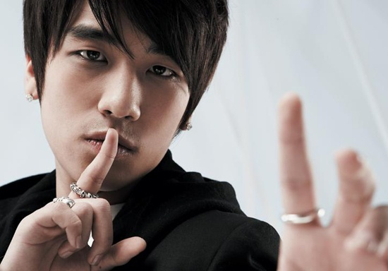 big-bang-seungris-interview-stirs-controversy-for-mentioning-snsd-jyj_image