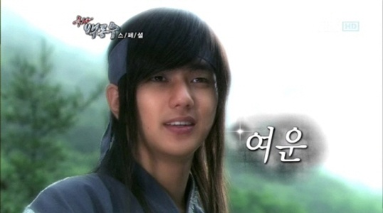 yoo-seung-ho-shows-his-beauty-and-gluttony-in-warrior-baek-dong-soos-bts_image
