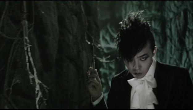 mv-gdragon-shes-gone-and-2nise-she-said_image