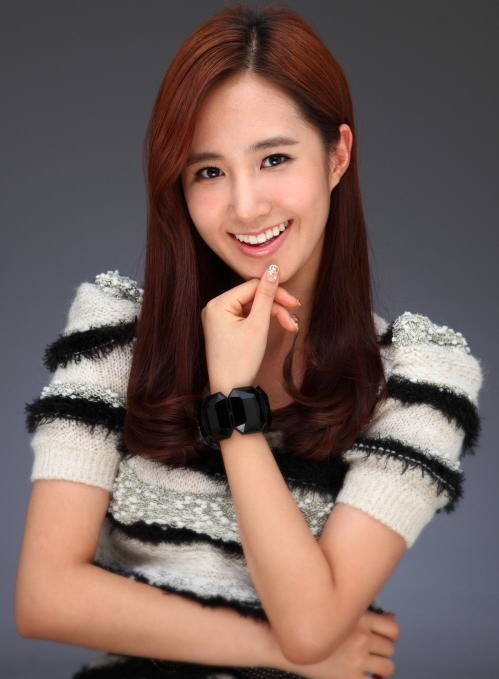 Girls' Generation Yuri's Unchanging Beauty Gains Interest