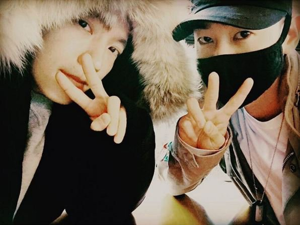 Donghae y Eunhyuk de Super Junior se reúnen por primera vez desde sus alistamientos