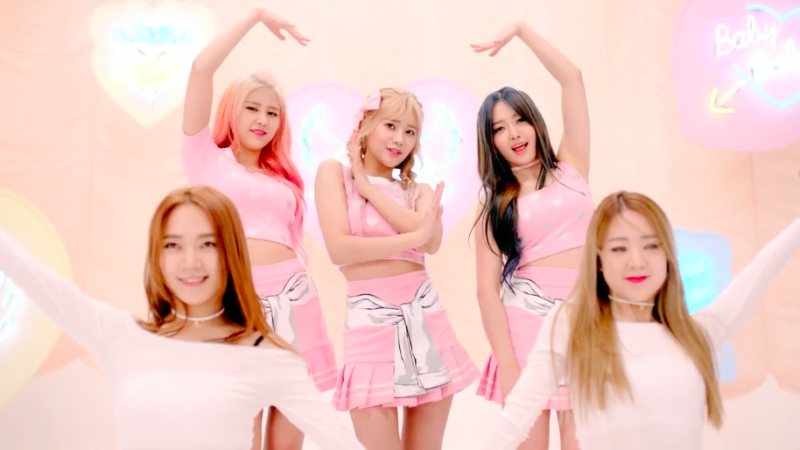 "AOA Cream debuta con el vídeo musical de ""I'm Jelly Baby"""