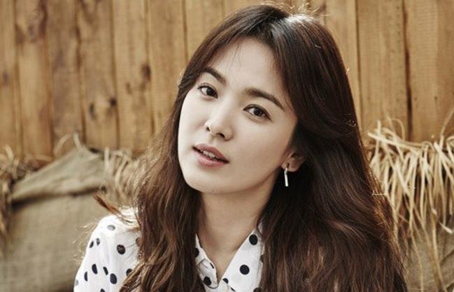 Song Hye Kyo promete una buena acción con demanda