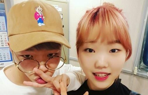 Akdong Musician no puede coincidir en quién es el sunbae más adorable y el mejor bailarín en YG