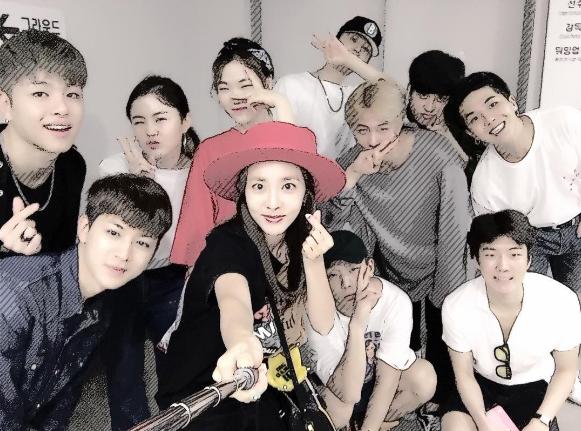 Sandara Park, iKON, WINNER, bebé Rohee y más se divierten en el concierto por el décimo aniversario de BIGBANG