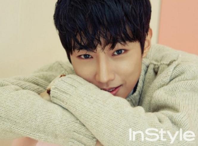 Jinyoung de B1A4 expresa su afecto por Park Bo Gum en la revista InStyle