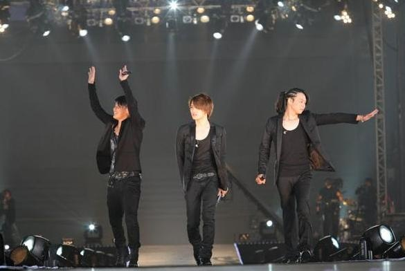 sme-ordered-to-pay-20-million-won-for-every-case-interfering-with-jyj-activities_image