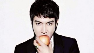 super-juniors-siwon-receives-birthday-greet-from-famous-author-paulo-coelho_image