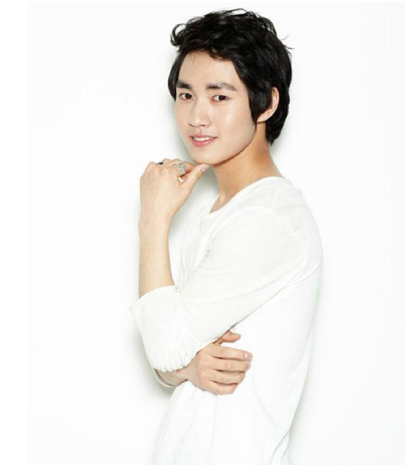 "Lee Min Ho Joins Park Yoochun on ""Rooftop Prince"""