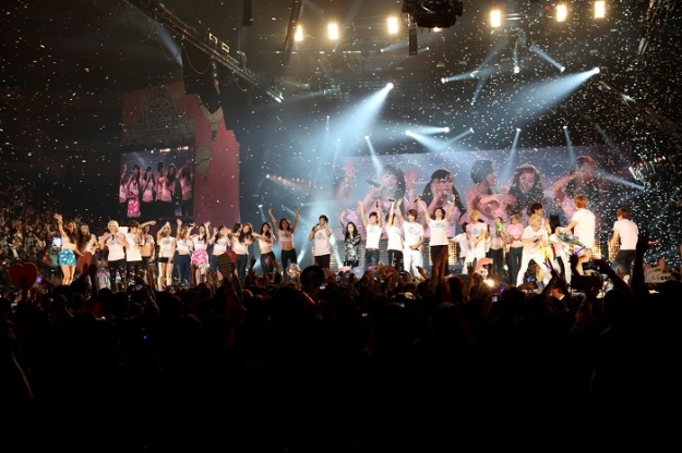 smtown-live-in-new-york-to-be-released-as-a-movie-in-2012_image