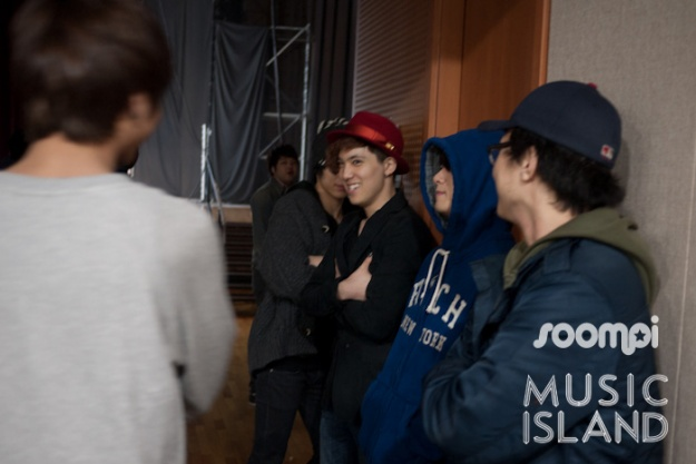 exclusive-bts-photos-of-mblaq-ft-island-and-more-at-sbs-mtv-music-island-ep2_image