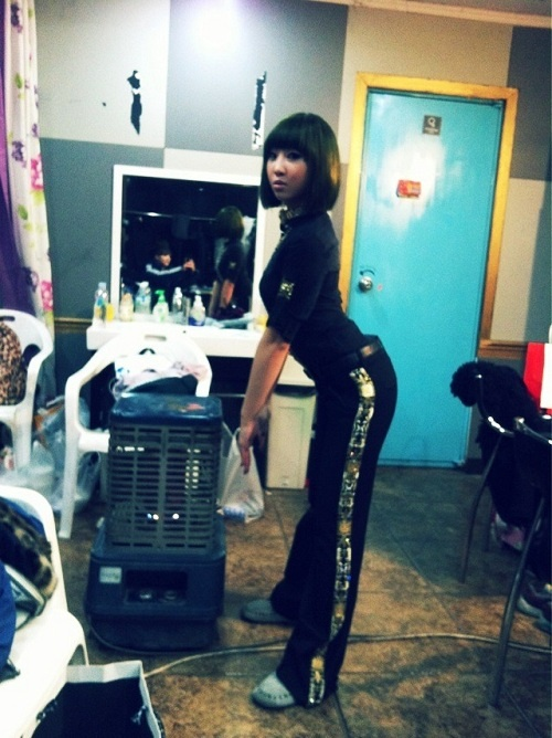 2ne1s-minzy-is-all-grown-up-and-sexy_image
