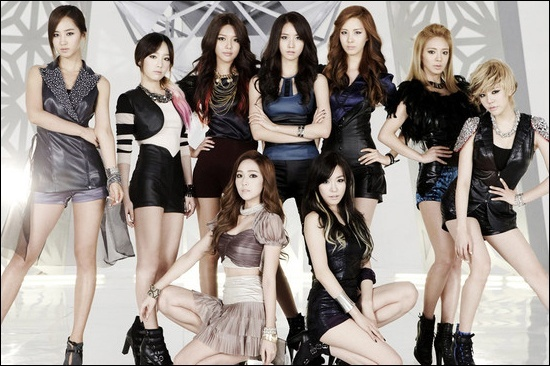"SNSD ""The Boys"" Debuts at #2 on Billboard's World Chart"
