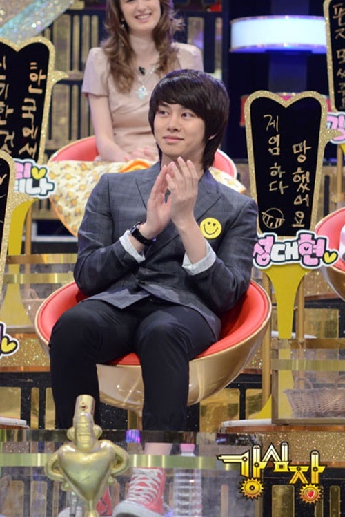 super-juniors-heechul-drops-a-bomb-the-agency-in-my-heart-is-jyp_image
