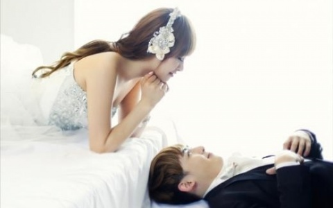 2pms-nichkhun-opens-up-about-leaving-fxs-victoria-and-wgm-for-first-time_image