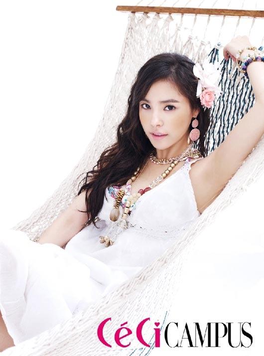 min-hyo-rin-lovely-summer-doll_image