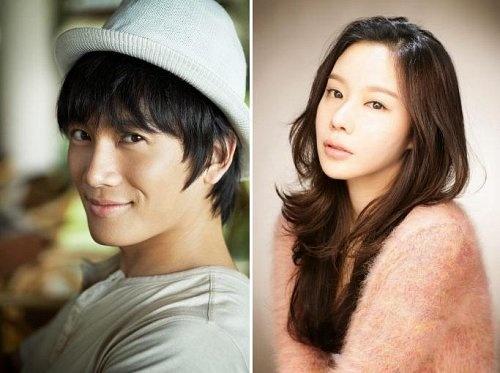 ji-sung-and-kim-ah-joong-for-new-movie-my-ps-partner_image