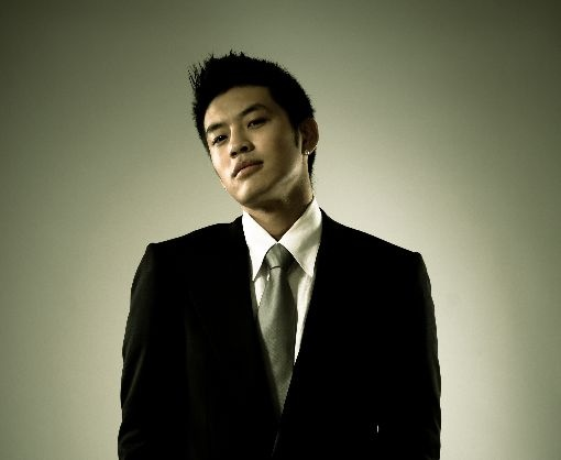 se7ens-comeback-delayed-til-july_image