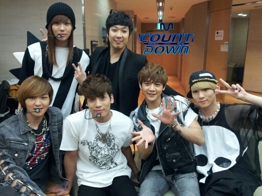 "Mnet ""M! Countdown"" – Mar. 22, 2012"