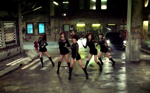 """Kara Releases Teasers for Sixth Japanese Single """"Speed Up/Girls Power"""""""