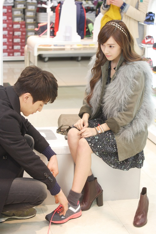 """More Still Cuts of SNSD's Jessica and Lee Dong Wook from KBS """"Wild Romance"""""""