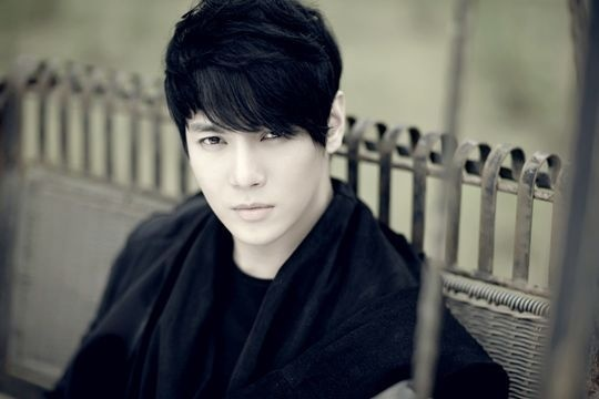 hwanhee-to-debut-on-the-big-screen-with-movie-star_image