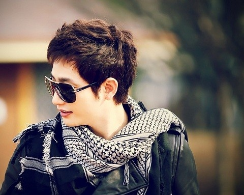 """""""The Princess's Man's"""" Park Shi Hoo to Walk the Runway for Famous Japanese Designer"""