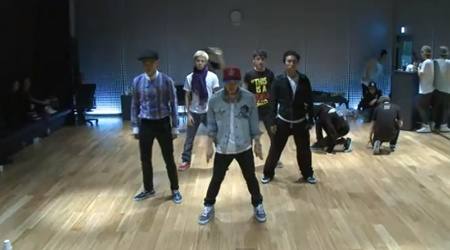 """Big Bang's Dance Practice For """"Somebody To Love"""""""