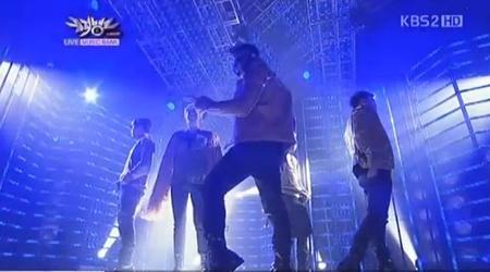 KBS Music Bank 03.11.11