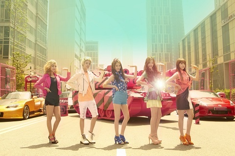 "f(x) to Release ""Hot Summer"" MV on the 17th"