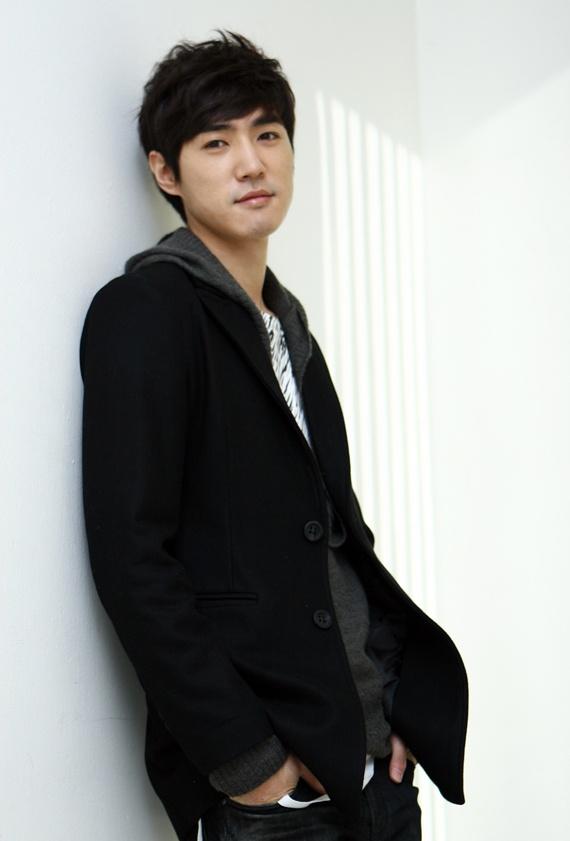 Danny Ahn Selects Cha Hyun Jung As His Ideal Woman