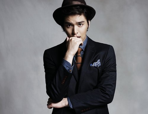 "Lee Jang Woo Cast for ""Human Casino"""