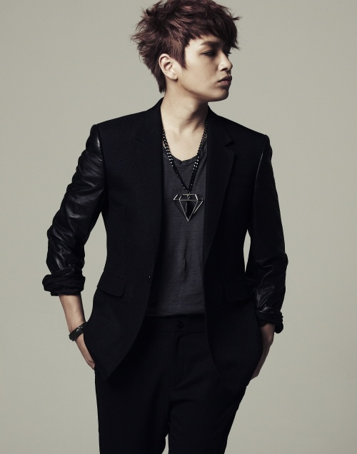 """Simon D to Debut as an Actor in Sitcom """"Standby"""""""