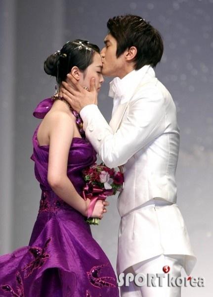 Andre Kim's Fashion Show (SUJU Siwon & f(x) Sulli)