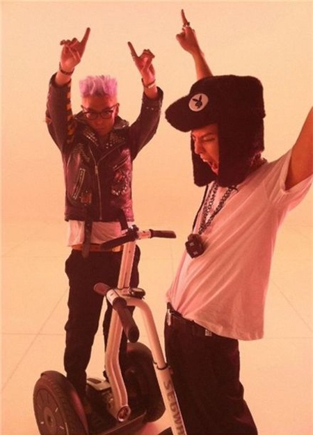 G-Dragon and TOP Post Photos From Their Music Video Set