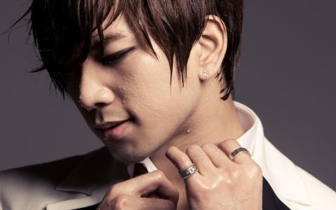 [Updated] G.O Leaves Twitter Messages After News of Lee Joon's Withdrawal from MBLAQ
