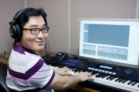 Paul Potts, Super Junior, and Kim Gun Mo to Feature in Yoon Il Sang's 21 Year Anniversary Album